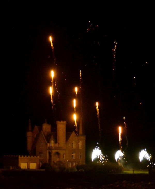 Superbe feu d'artifice au chateau turpault 18 avril