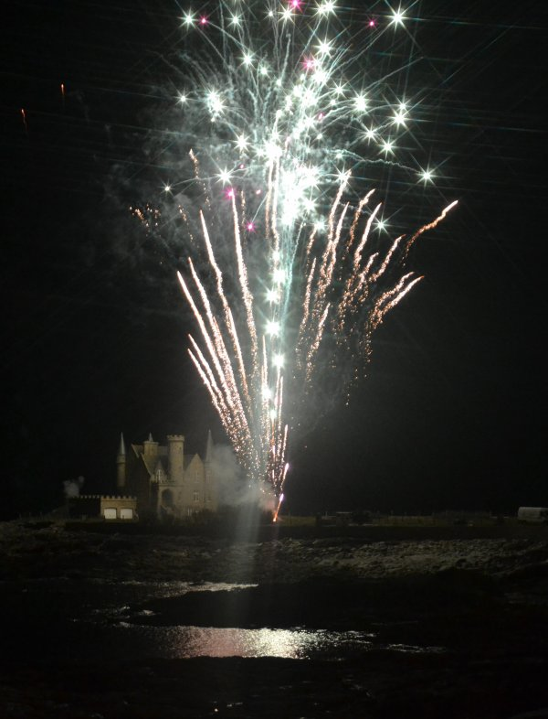 Feu d'artifice au chateau turpault 16 avril 2016