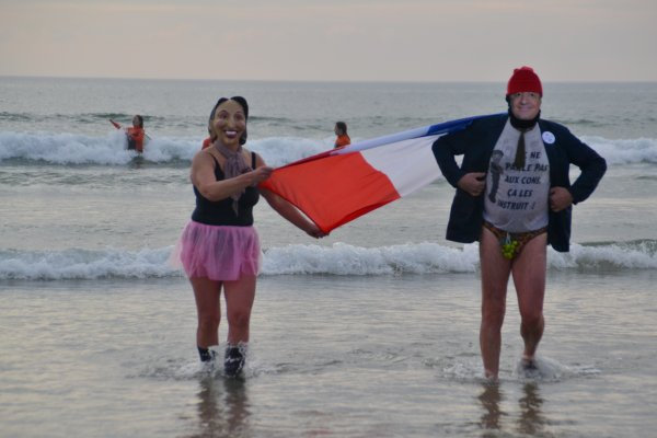 Aujourd'hui j'ai vu hollande et ségolène se baigner à la plage de Kerhillio à Erdeven 8 janv