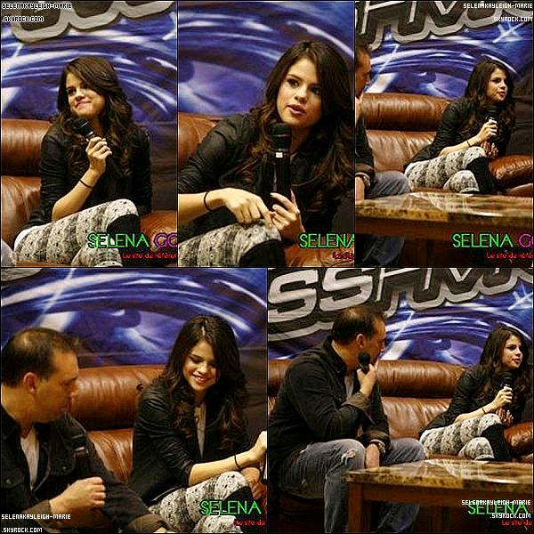 03/02/11 : Selena Gomez, a performé a Pheonix à l'occasion du Phooson 2011, Puis elle a été Interviewer par KISS.FM