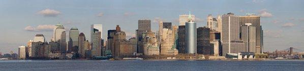 Vue panoramique de Lower Manhattan prise à partir du traversier de Staten Island.