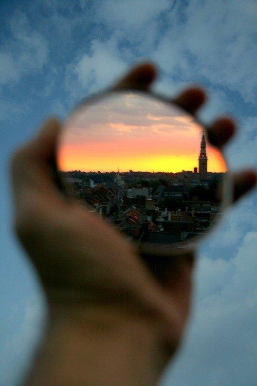 Cât de frumoasă poate fi o lume daca ești singur în ea?