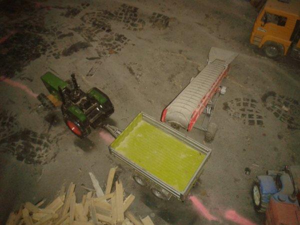 Mon enterprise de bois au travaill
