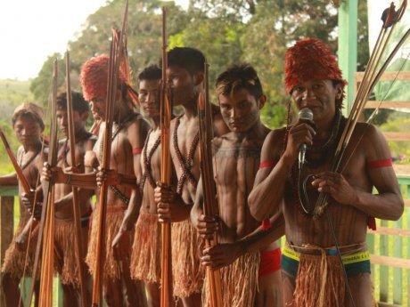 De Belo Monte au Tapajós En Amazonie, les indigènes marchent contre de nouveaux projets de grands barrages