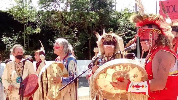 Animation amérindienne par le groupe MAKAH WACIPI au festival country en retz 2015 à ST VIAUD