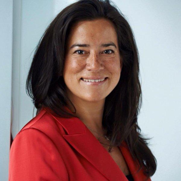 Félicitations à Jody Wilson-Raybould, première femme autochtone à devenir ministre de la justice au QUEBEC!