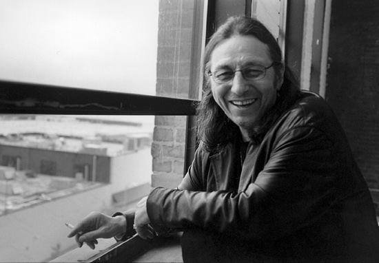 MORT D'UN DES LEADERS FONDATEURS DE L'AIM  (american indian movement) JOHN TRUDELL