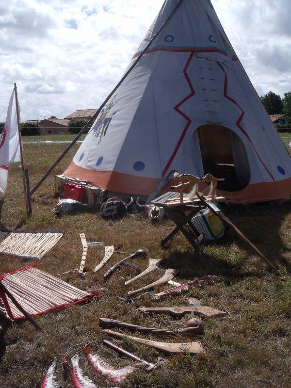 Animation amérindienne du groupe MAKAH WACIPI au festival de Grand'landes 2