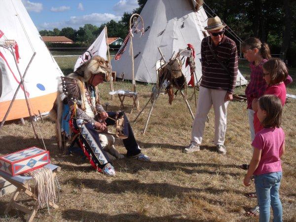 Animation amérindienne du groupe MAKAH WACIPI au festival de Grand'landes 3