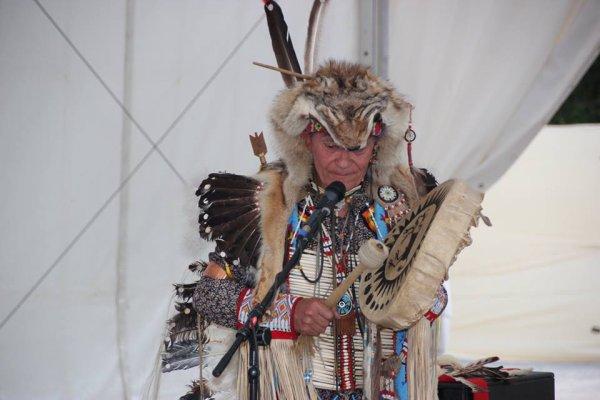 Animation amérindienne du groupe MAKAH WACIPI au festival de Grand'landes 4