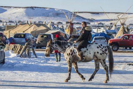 États-Unis  Standing Rock : le soutien sans failles des banques françaises à l'oléoduc imposé aux Sioux par l'administration Trump