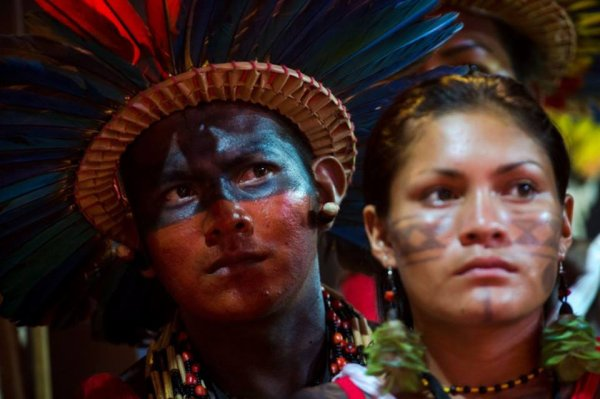 LES DROITS DES PEUPLES INDIGÈNES ET ENVIRONNEMENTAUX SONT ATTAQUÉS AU BRÉSIL, ALERTENT L'ONU ET DE LA COUR INTERAMÉRICAINE DES DROITS DE L'HOMME