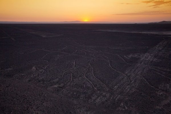 The Nazca Lines Plotted Over The Whole Earth