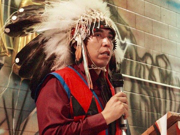 Le Président Sioux Oglala, Julian Bear Runner, publie une déclaration sur la dernière remarque raciste du président Donald Trump