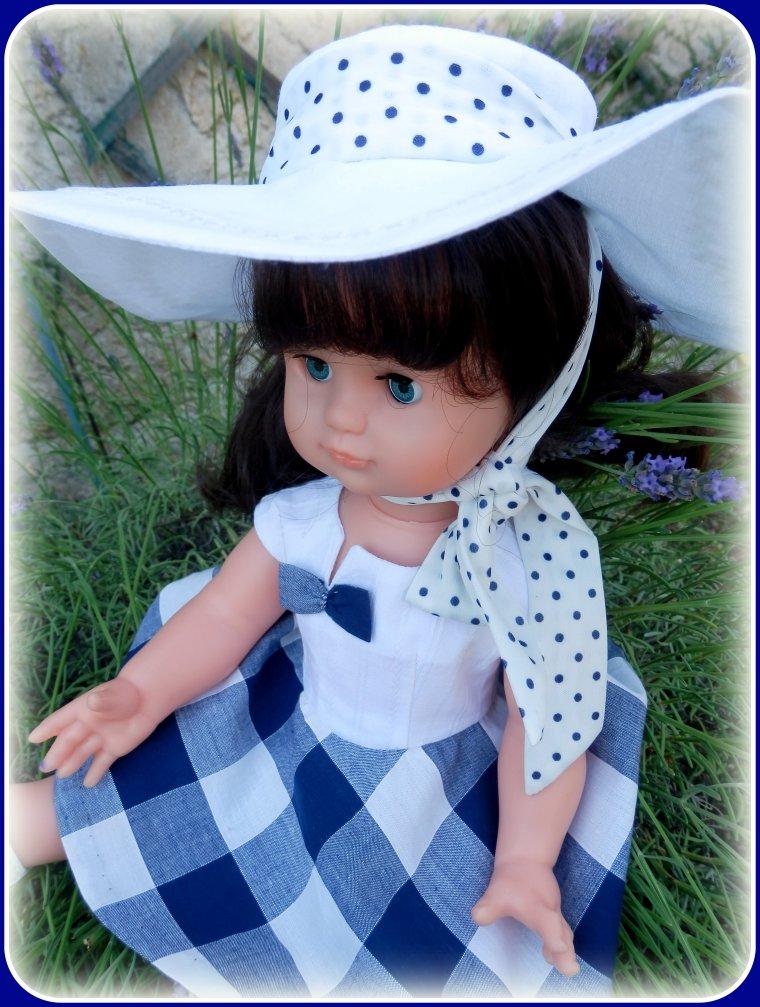 Emilie vous souhaite un bel été .....