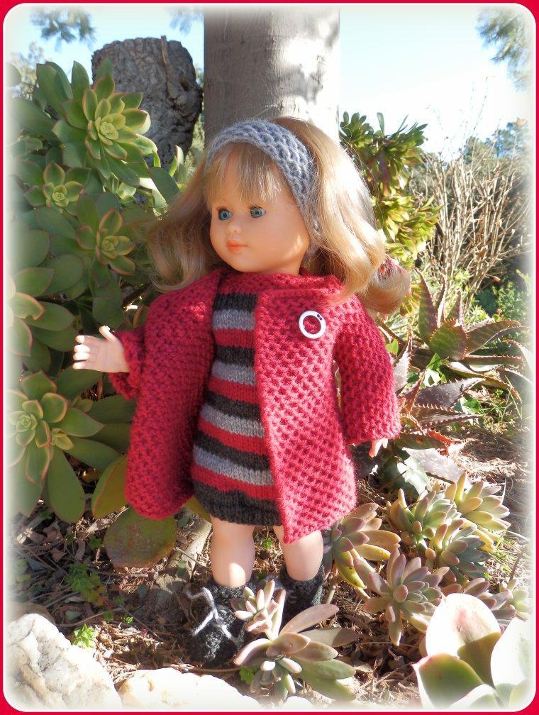 Malgré le vent, Marie-Françoise a décidé de faire son petit tour de jardin !