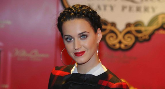 "Katy Perry évoque ""By the Grace of God"", chanson sur sa rupture avec Russell Brand"