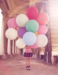 la vie n'est pas rose la couleur change selon la personne qui la regarde <3