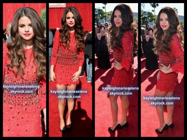 le 17 juillet 2013 - selena au ESPY Awards 2013