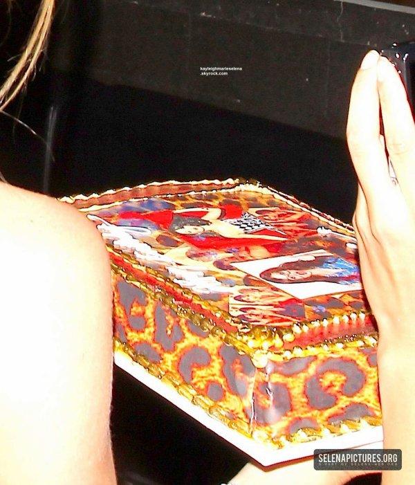 le 20 et 21 2013 - selena a la fete d anniversaire de julianne hough a los angles