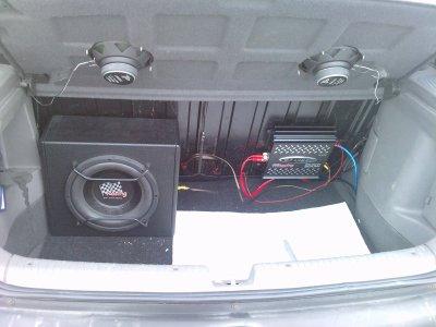 caisson ampli install mes amies ma copine ma voiture moi. Black Bedroom Furniture Sets. Home Design Ideas