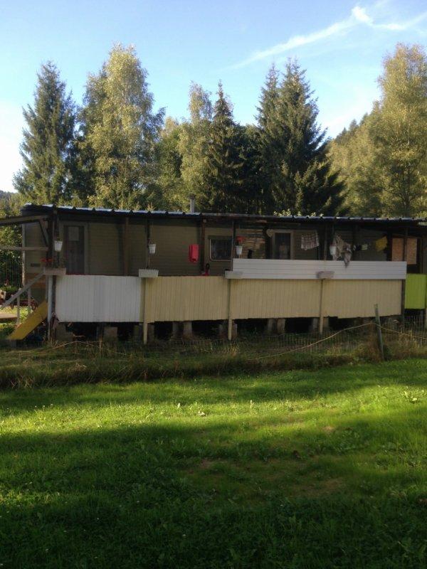 Caravane-residentielle-bohan-sur-semois