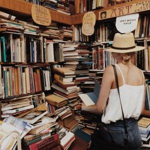 « Un livre est une fenêtre par laquelle on s'évade. »