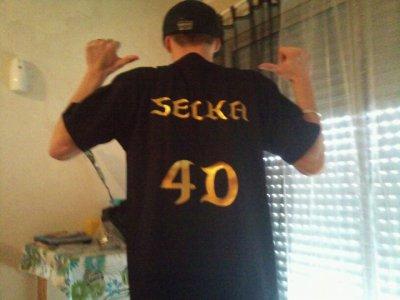 Tee-shirt SELKA offishal 35 euros seulement