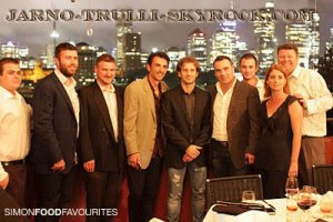 Jarno Trulli avec Frank Coletta et fans