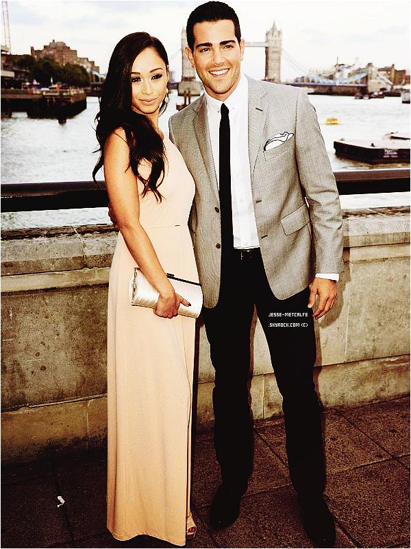 Le 21/08/2012 : Jesse et ses co-stars,était à la Launch Party Série TV à Londres pour promouvoir la série Dallas. Top : ✰✰✰✰✰