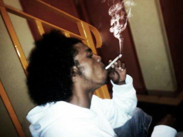 In pe de fumé