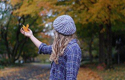 Et Même Si J'avais Un Million De Raisons De Partir, Je Choisirai Toujours La Seule Qui Me Dirait De Rester...