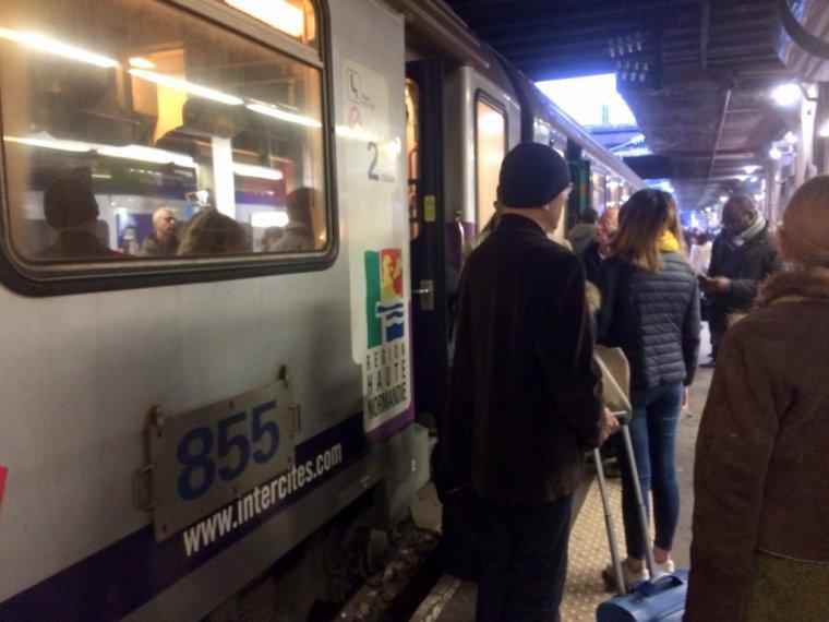 VIDÉO. Pourquoi le trafic SNCF sera perturbé en Normandie malgré l'arrêt de la grève, ce jeudi