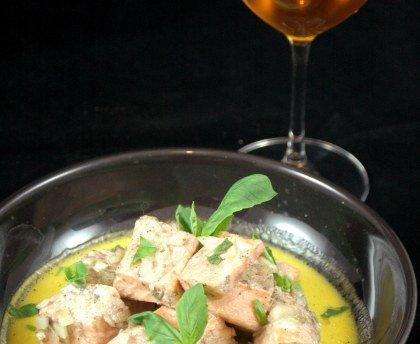 Emincé de saumon au cidre et au safran et Far Breton aux poires