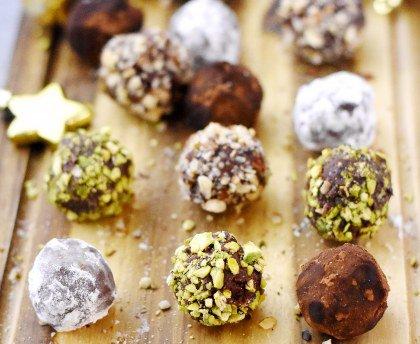Sauté de brocolis au jambon cru et à l'ail et Truffes au chocolat un peu folles