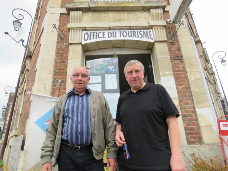 Deux habitants d'Aumale atterrissent à Milan à la place de Beauvais