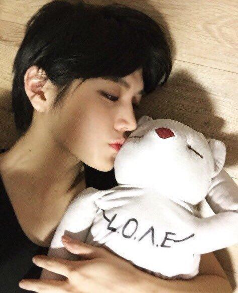 Fic NU'EST: JR x Ren: Mystery Slave: Chapitre 32: