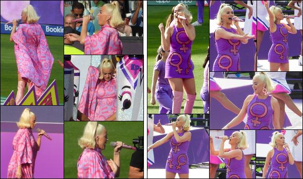 ● 08/03/2020 : Katy Perry a performé lors du « Women's Cricket Final » à Melbourne située en ▬ Australie ...  Katy Perry avait deux tenues différentes pour le moins atypique, je lui accorderai un petit top concernant ses tenues !