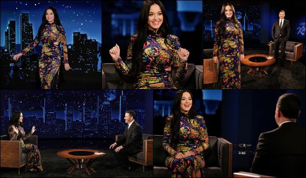● 08/02/2021 : Katy Perry était sur le plateau du « Jimmy Kimmel Live » présenté par ▬ Jimmy Kimmel ...  Katy était radieuse dans sa robe, il semblerait qu'elle ait décidé de revenir au brun, en tout cas personnellement j'adore