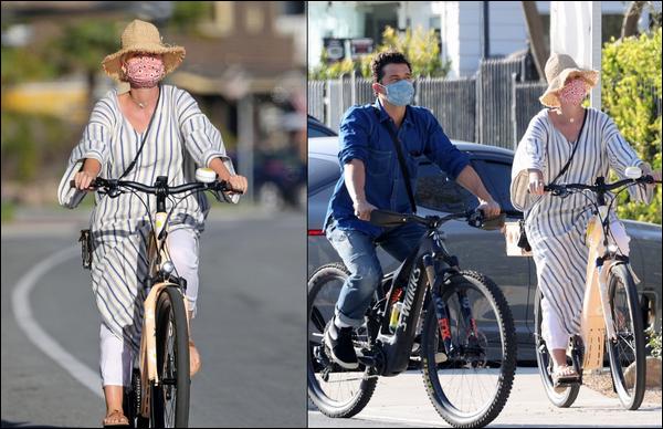 ● 08/04/2021 : Katy et son fiancé Orlando Bloom ont été photographiés faisant du vélo dans Santa Barbara   C'est le sous le soleil californien que l'on retrouve nos amoureux. Je n'aime pas la tenue de Katy mais ça reste sportif