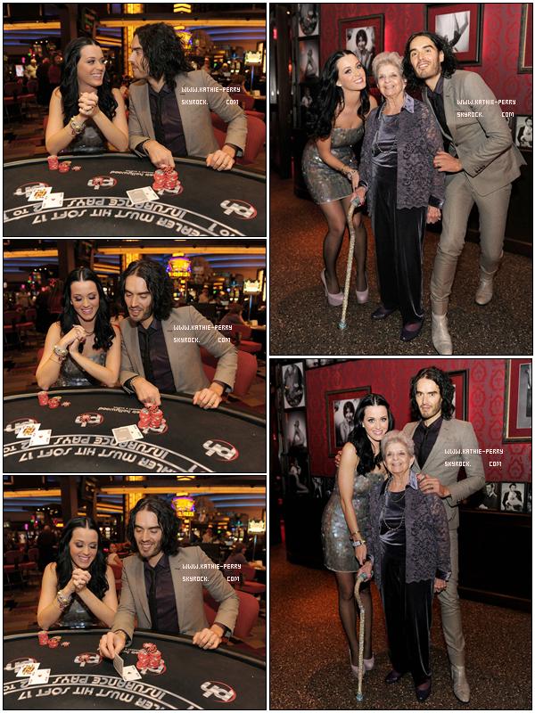 * 12.01.11 : Katy.Perry et Russell Brand étaient au casino « Planet Hollywood Resort » à L.G pour fêter les 90 ans d'Ann Hudson la mamie de Katy Perry. Perso : Je trouve, Katy.P merveilleuse. J'aiiime beaucoup`. *