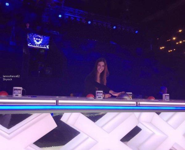 Iris sur le plateau mon incroyable talent -   Iris est arrivée en hélicoptère pour l'élection de Miss 7 Vallées