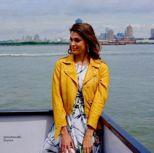 Iris aujourd'hui pour sa première visite à Liberty Island et Ellis Island