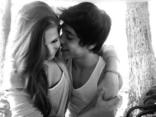 J'adore sentir ton coeur battre tout près contre le mien ♥ N-D