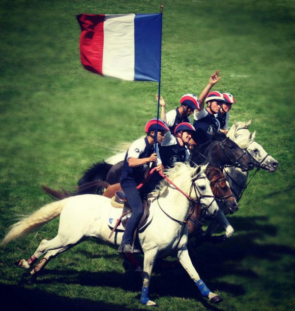 La France championne du Monde et d'Europe de pony-games !