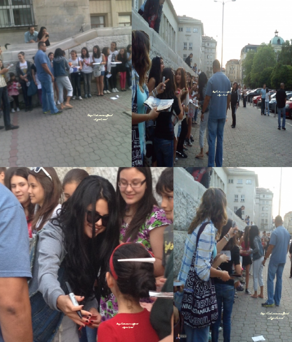 Selena est enfin arrivée en Bulgarie où elle tournera son prochain film « The Getaway ». En attendant, elle a été aperçue dans la capitale, Sofia, en train de signer des autographes aux fans.