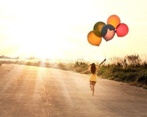 • Q'importe que nous empruntions des itinéraires différents, pourvu que nous arrivions au même but ♥