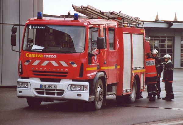 ANCIEN FPT N°2 IVECO 130e24 EUROCARGO CAMIVA REIMS-MARCHANDEAU