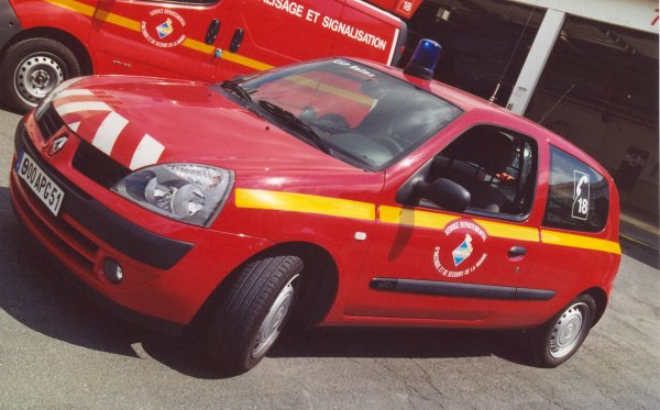 VLCC RENAULT CLIO PHASE II DCi REIMS-WITRY