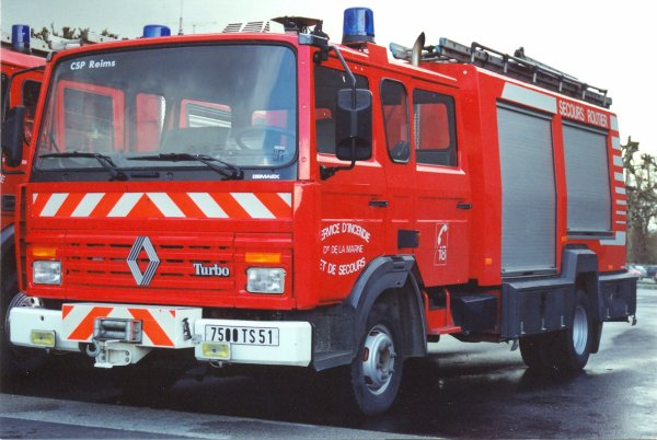 ANCIEN FSR N°2 RENAULT S180 BEMAEX REIMS-WITRY
